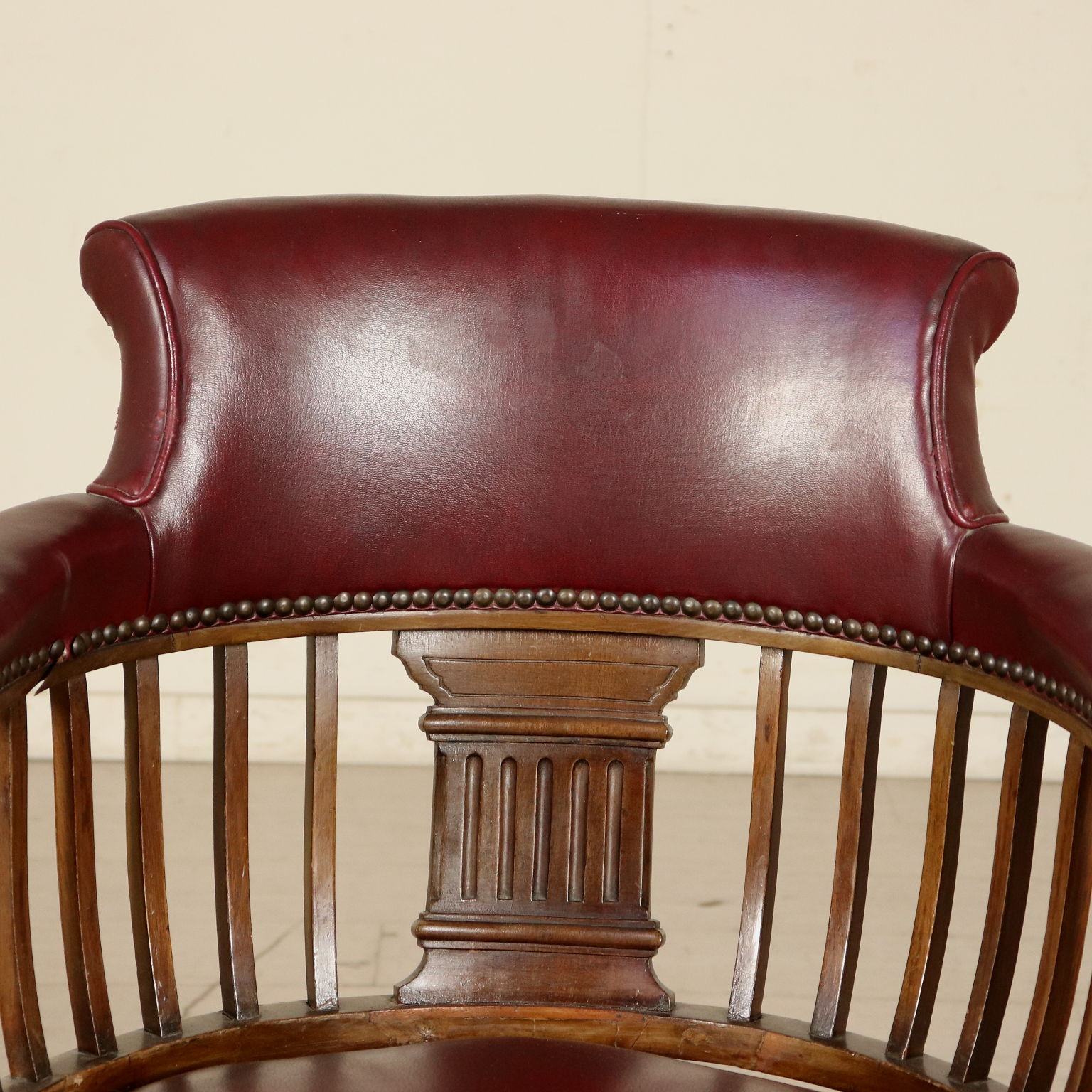 Awesome Swivel Armchair Mahogany Italy First Half Of 1900S Mobili Beatyapartments Chair Design Images Beatyapartmentscom