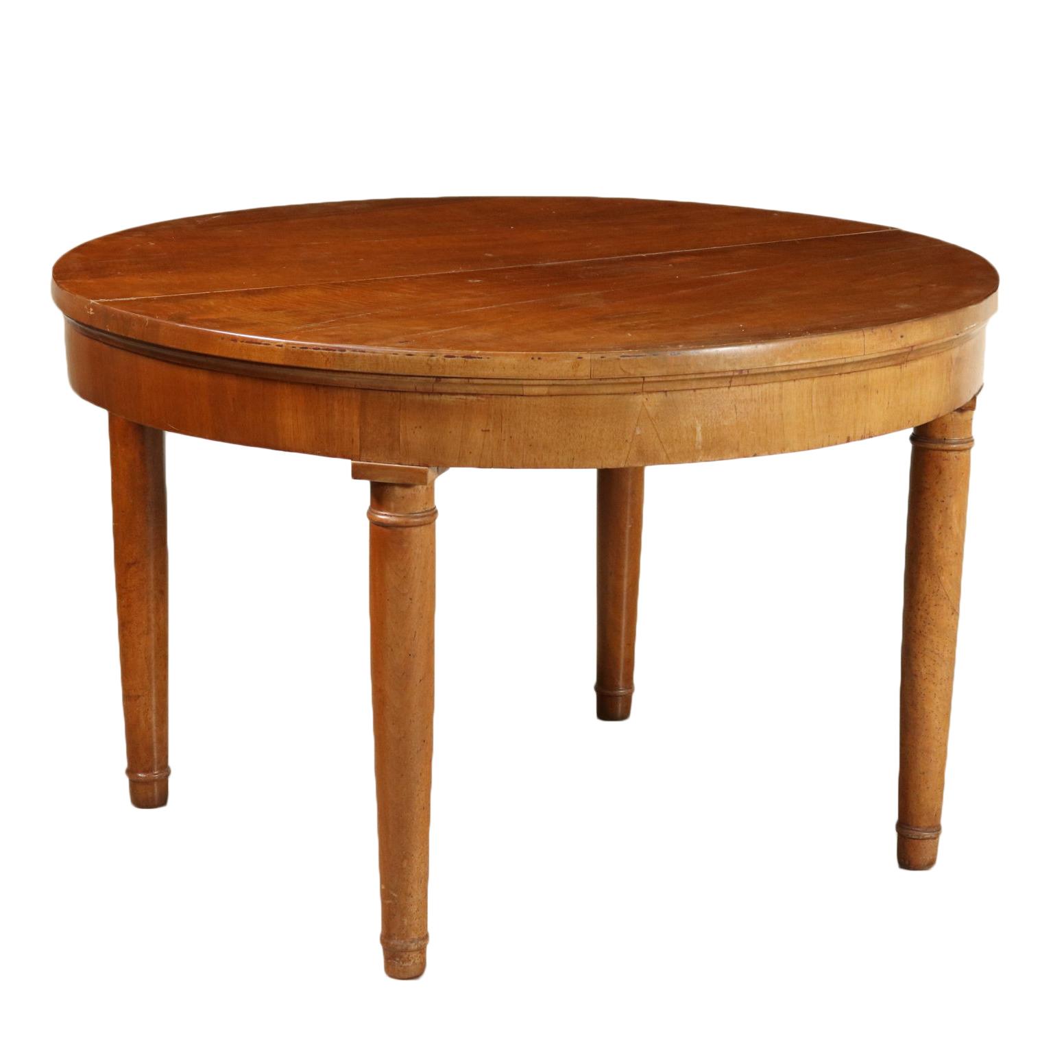 Tavolo Tondo Allungabile In Stile.Round Extending Table Walnut Italy Late 1800s Mobili In Stile