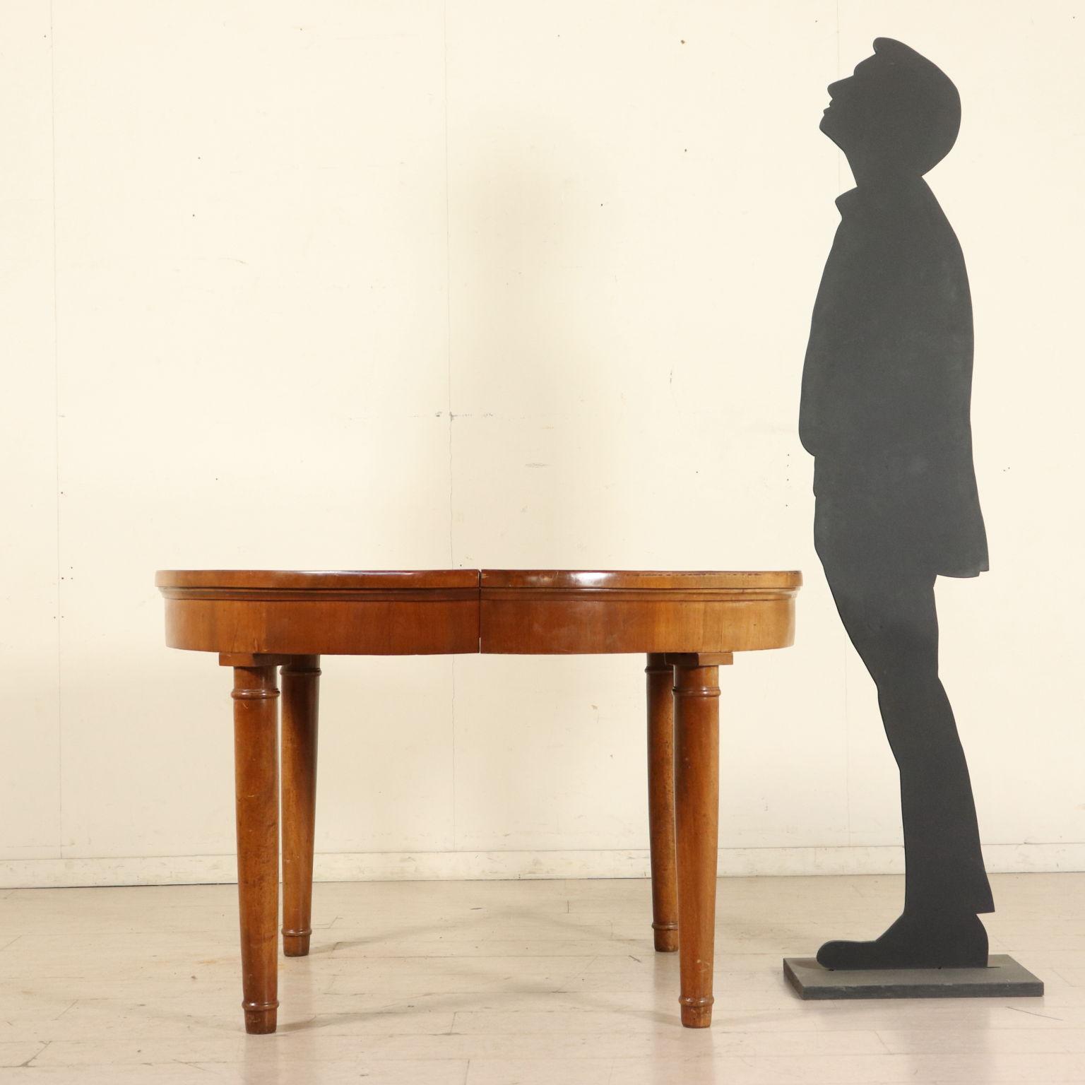 Tavolo tondo allungabile mobili in stile bottega del for Tavolo tondo allungabile