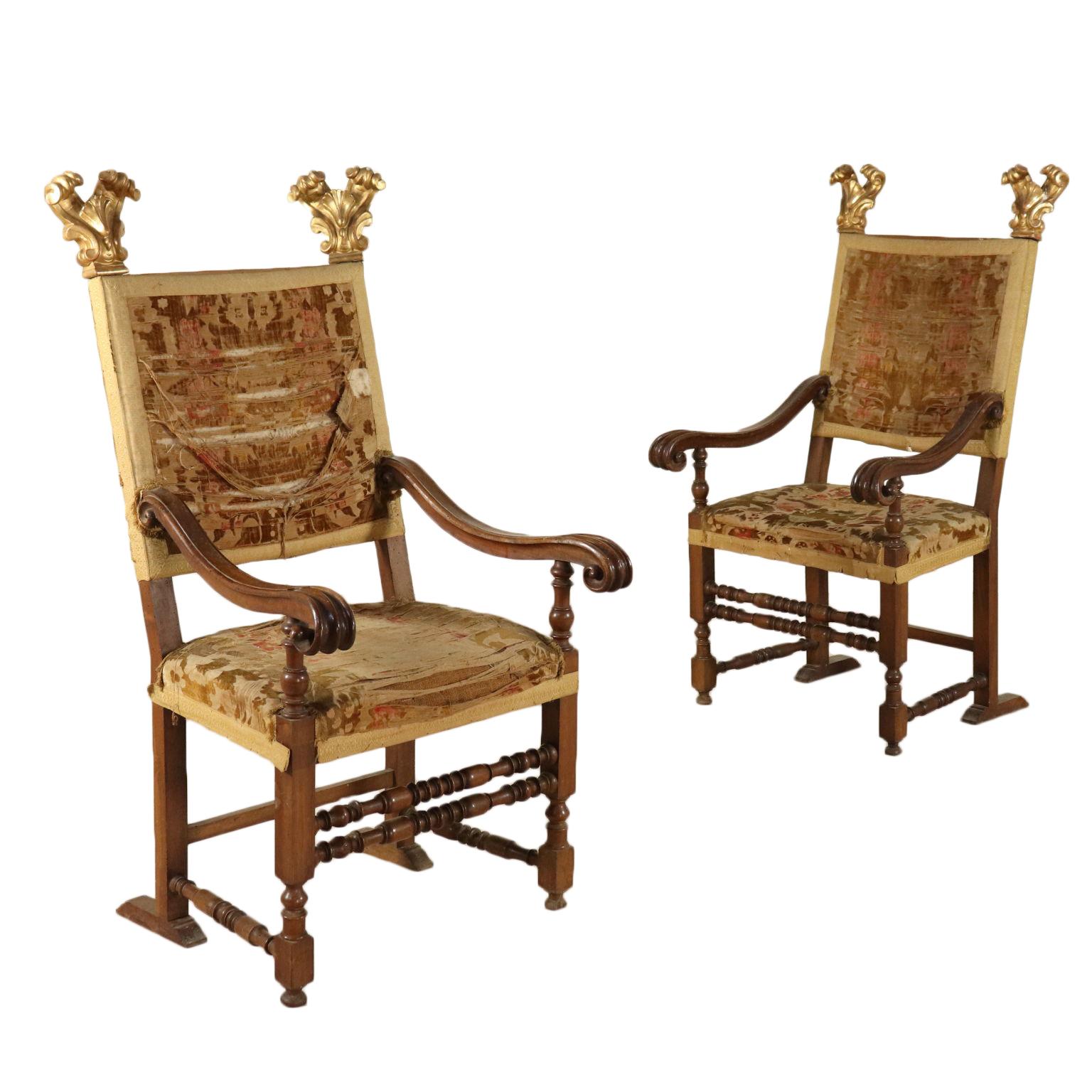 Coppia di seggioloni sedie poltrone divani for Poltrone sedie