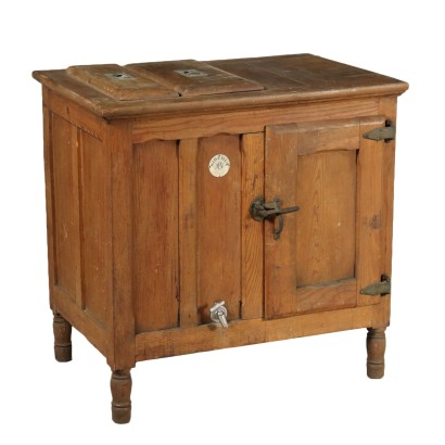 Larch Icebox Model 'Siberia' Early 20th Century