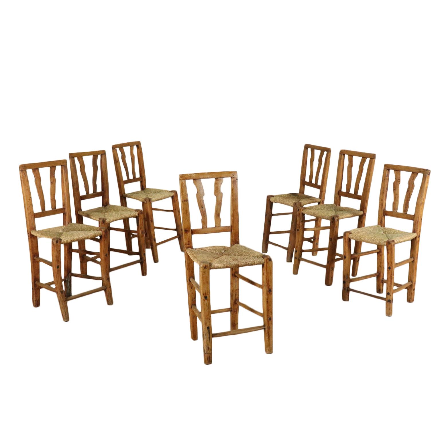 Gruppo di sette sedie rustiche sedie poltrone divani for Poltrone rustiche