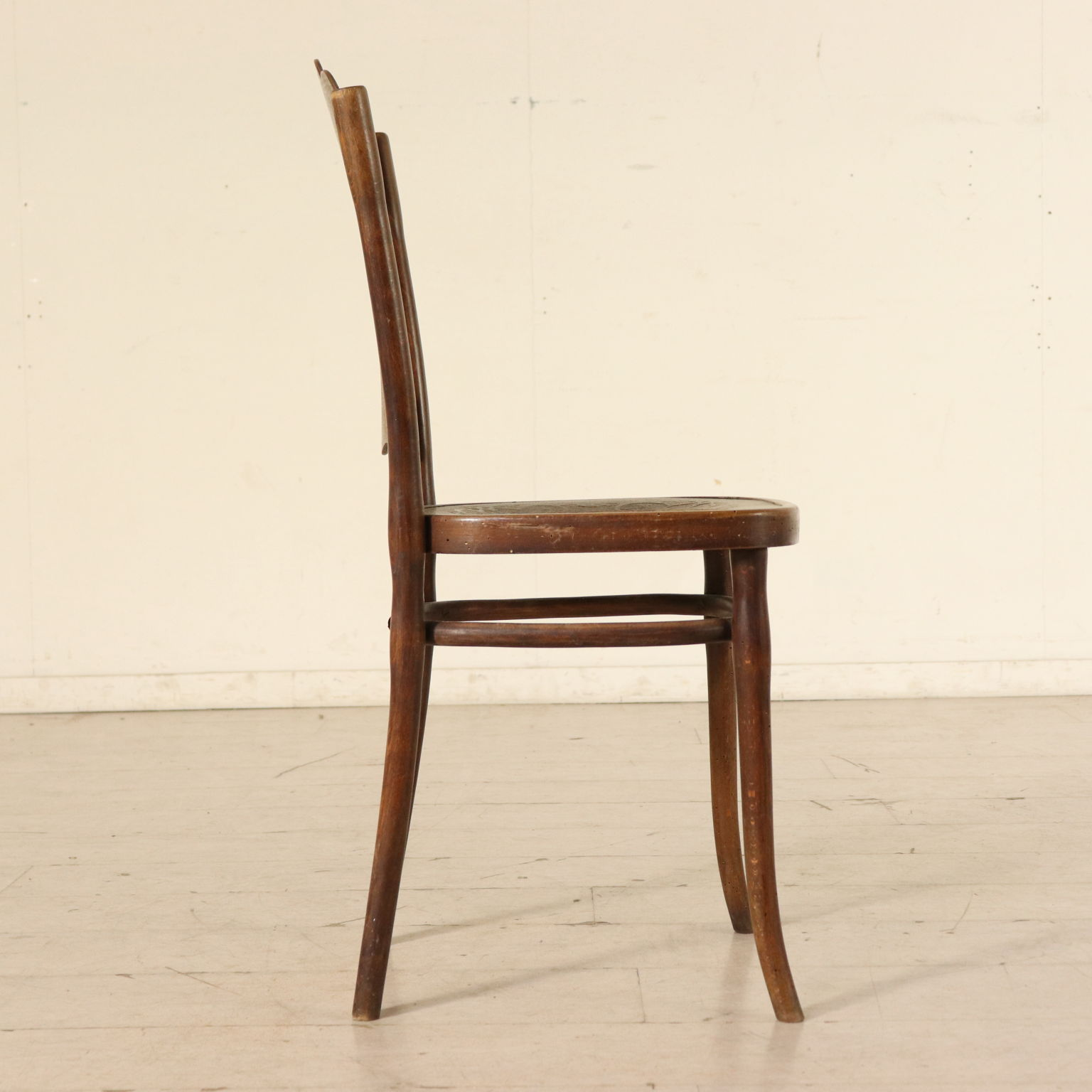 Sedie Thonet Moderne.Group Of 4 Beech Thonet Chairs Austria First Half 20th