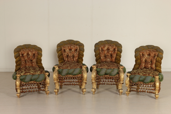 Sedie Imbottite Capitonnè : Gruppo di 4 sedie in stile barocco sedie poltrone divani