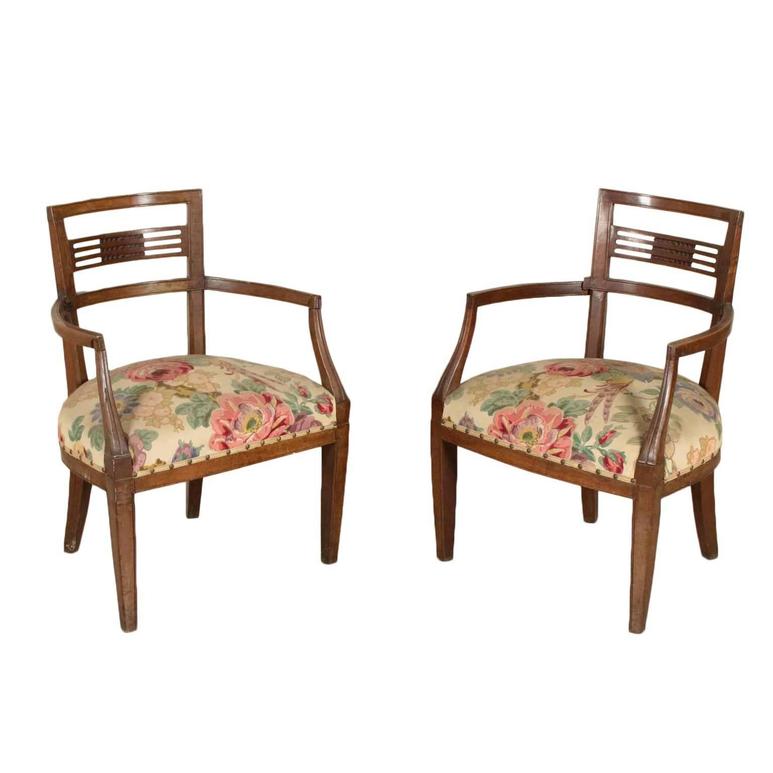 Coppia poltroncine neoclassiche sedie poltrone divani for Poltrone sedie