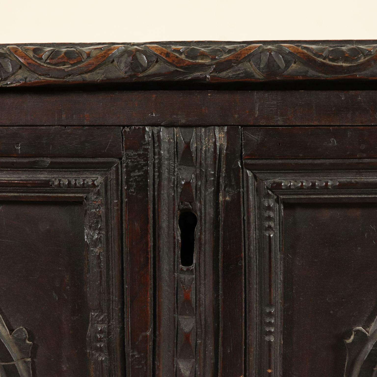 Cassapanca antica altri mobili antiquariato for Antiquariato mobili