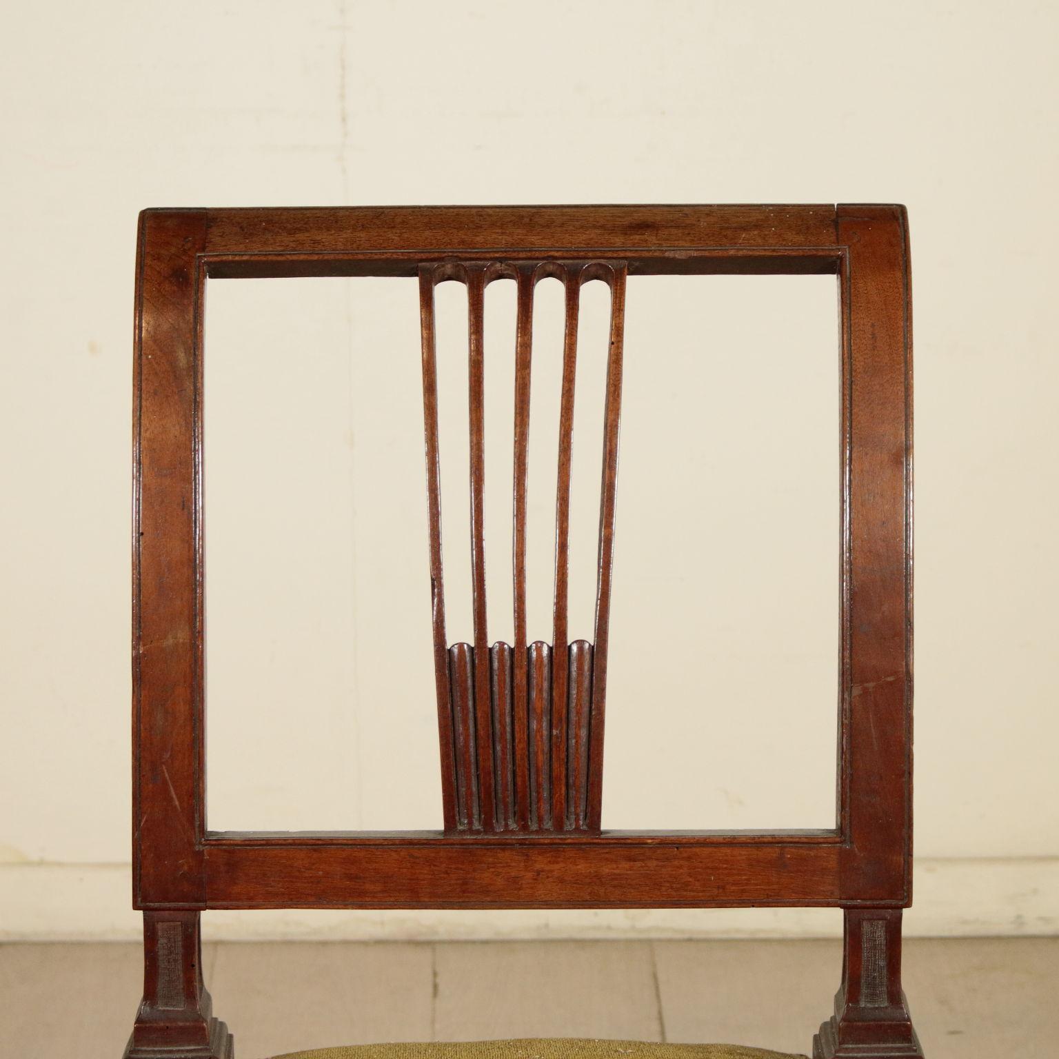 Coppia di sedie neoclassiche sedie poltrone divani for Sedie particolari