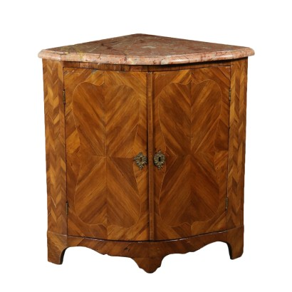 Corner Cabinet Maple Threads France Third Quarter of 1700s