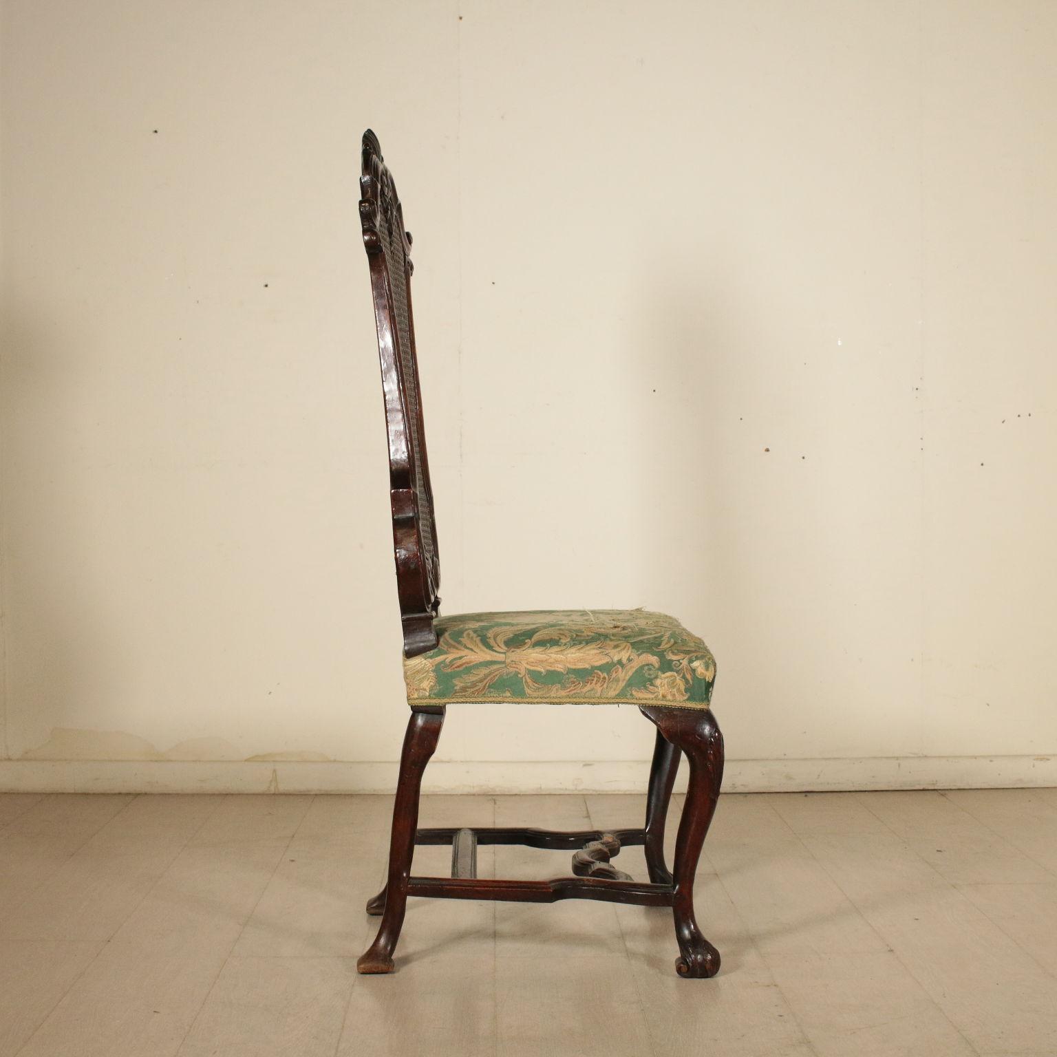 Sedia intagliata sedie poltrone divani antiquariato for Sedia particolare