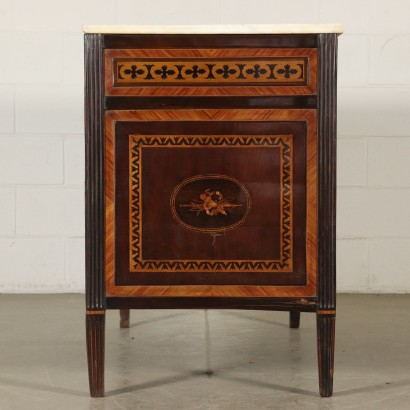 Elegant Neoclassical Chest of Drawers with Inlays Naples 1700s