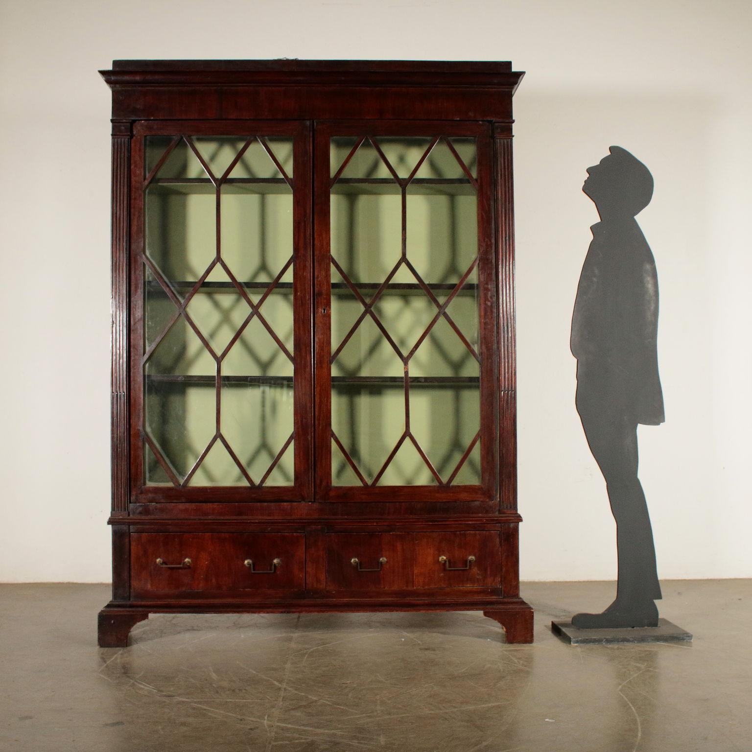 Bucherschrank Mit Glasturen Nussbaumholz England 19 Jahrhundert