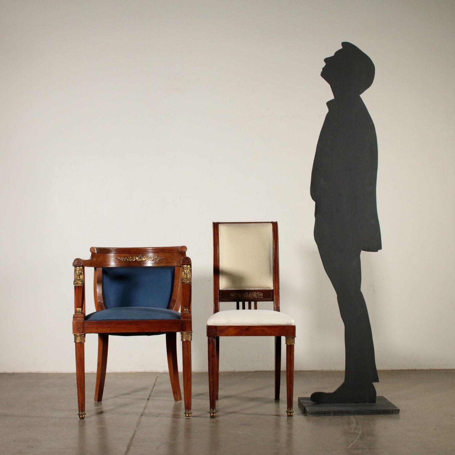 Poltrona e due Sedie in Stile Mobili in stile Bottega