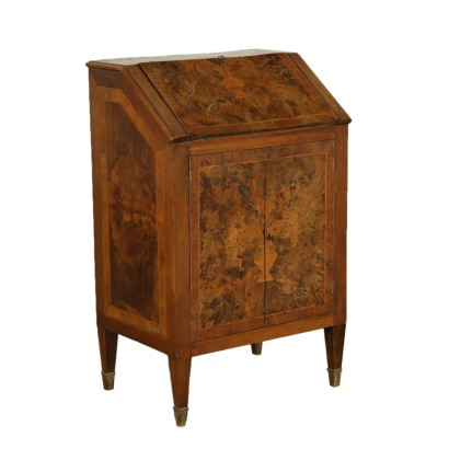 Small Drop-leaf Bureau with Doors Italy 18th-20th Century
