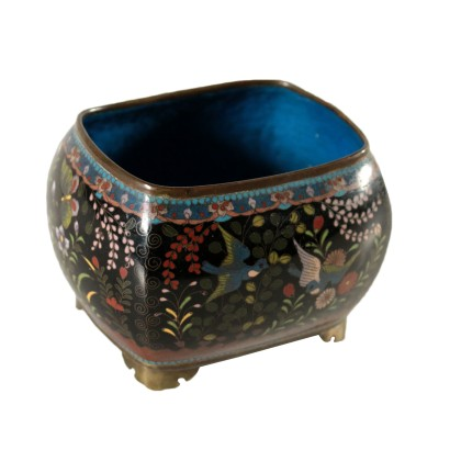 Decorative Cloisonne Bowl Japan Meiji Age (1868-1912)