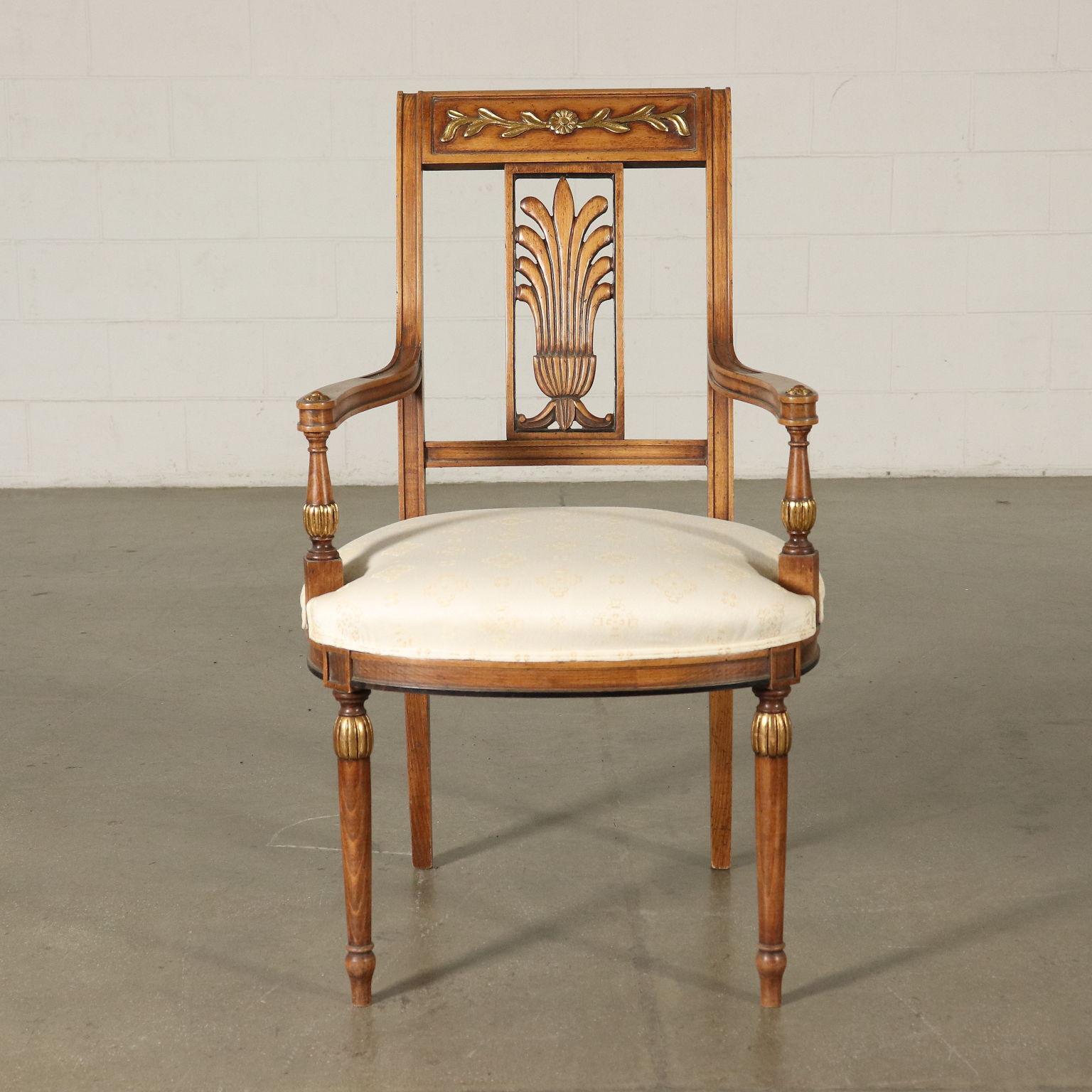 Gruppo 2 poltrone e 4 sedie in stile