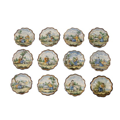 Set of Twelve Majolica Plates Made in Italy Late 1800s