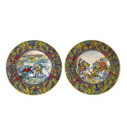 Pair of Ceramic Plates by Gualdo Tadino Italy 20th Century