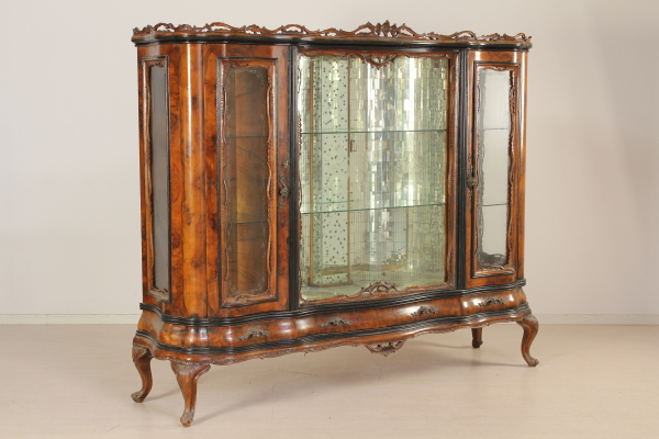 Cabinet chippendale meubles de style bottega del 900 for Meuble chippendale