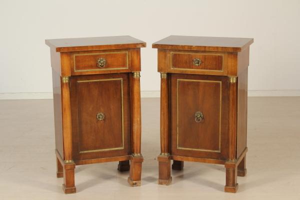Comodino stile impero mobili in stile bottega del 900 for Stile impero arredamento