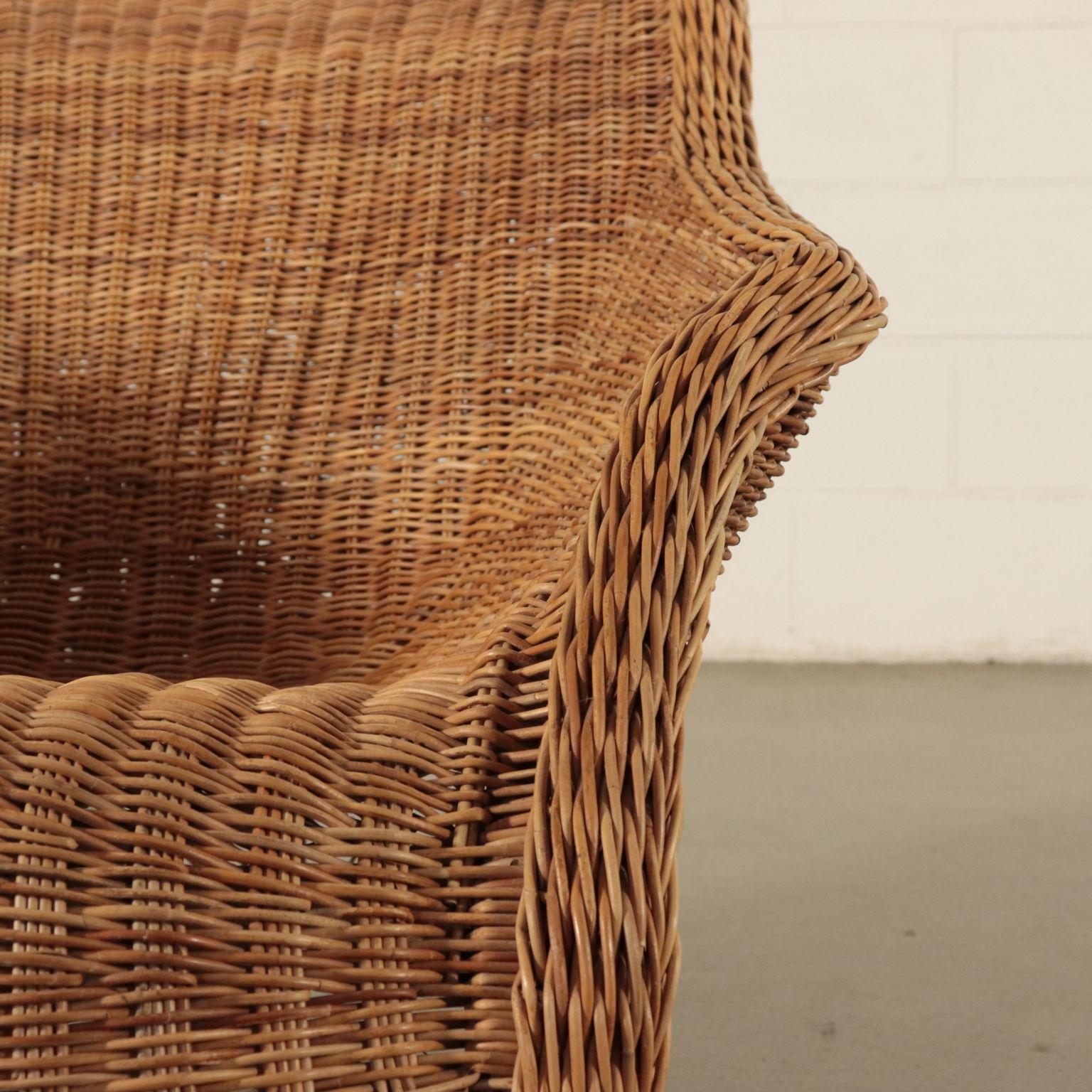 Poltrone In Vimini Da Interno poltrona in vimini con pouf - mobili in stile - bottega del