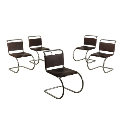 Chairs Mies Van der Rohe