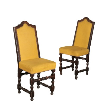 Pair chairs spool