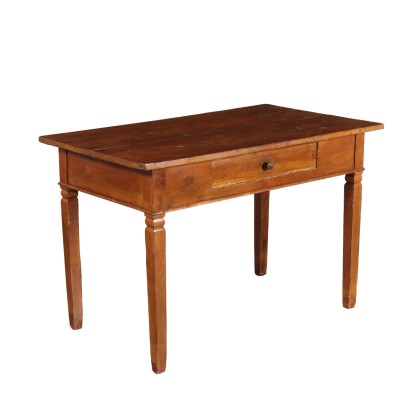 Table in Cherry
