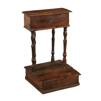 Walnut Kneeling-Stool Italy 18th Century