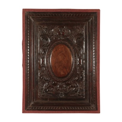 Wood panel baroque