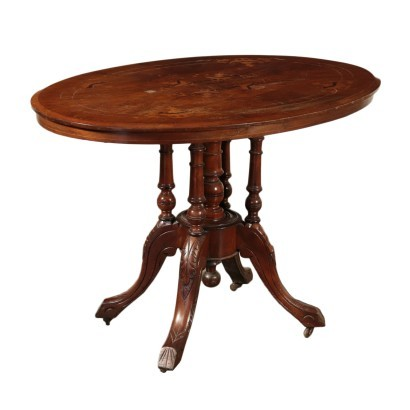Table Victorienne En Voile
