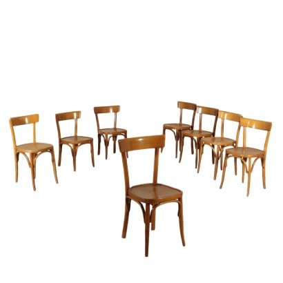 The group of Seven Chairs in Style of Thonet