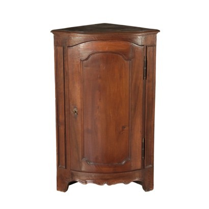Corner Cabinet Walnut and Chestnut Center of Italy 19th Century