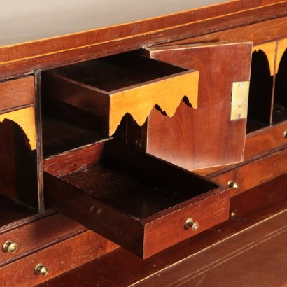 British Chest of Drawers Mahogany England 20th Century