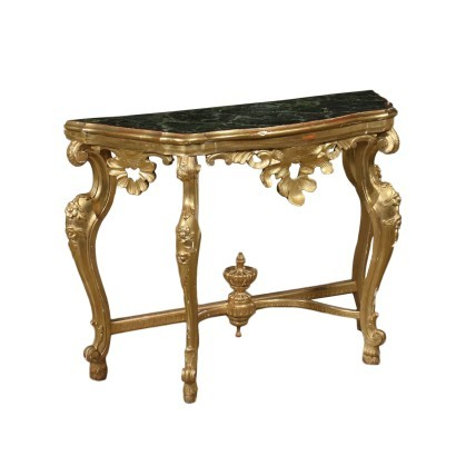 Console in Baroque Style