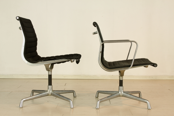 Charles Eames Chairs - Chairs - Modern design - dimanoinmano.it
