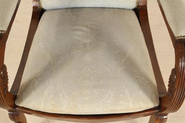 Sedie Ottocento Francese : Poltrona restaurazione sedie poltrone divani antiquariato