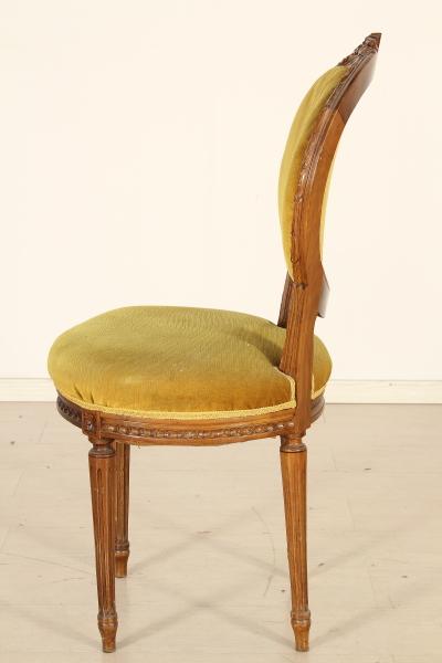 Секс на стол и стулья