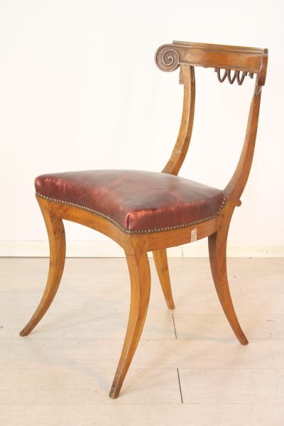 Sedie poltrone divani sedia in ciliegio for Sedia horror