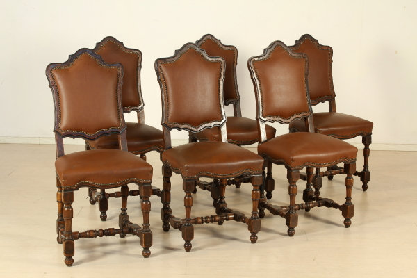Antiquariato antichit sedie poltrone e divani antichi for Poltrone e sedie