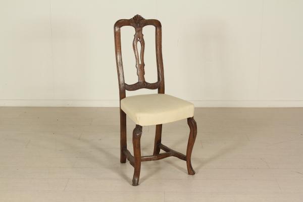 Sedie poltrone divani sedia barocchetto for Sedia horror