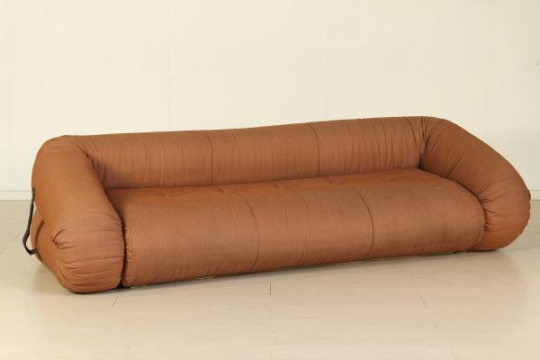 Di mano in mano divano anfibio di alessandro becchi - Divano letto usato firenze ...