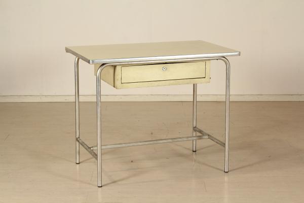 Tavoli scrivania razionalista for Chiappa arredamenti